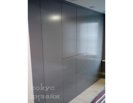 распашной шкаф 11