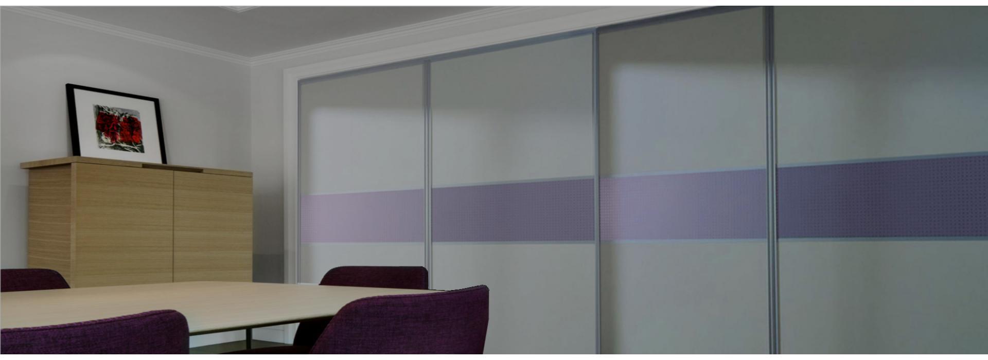 Вместе мы придумаем дизайн, разработаем конструкцию и подберём материалы для Вашего шкафа или гардеробной